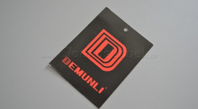 Demunli hang tag