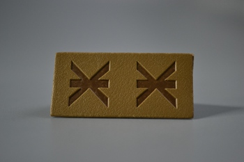 ж leather label P003175