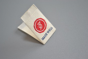 MADE WELL woven label