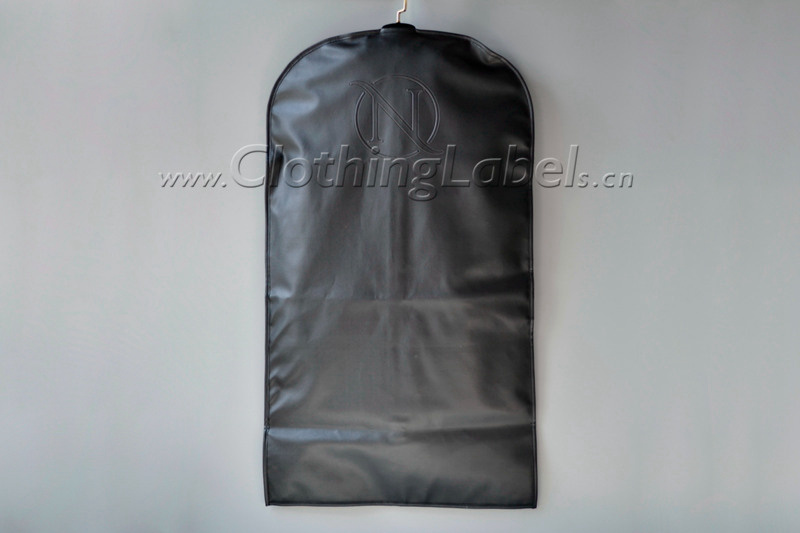 8 hanging garment bag 002